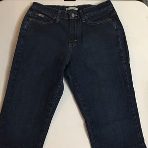 Size 8 Short Lee Relaxed Boot Cut Jeans